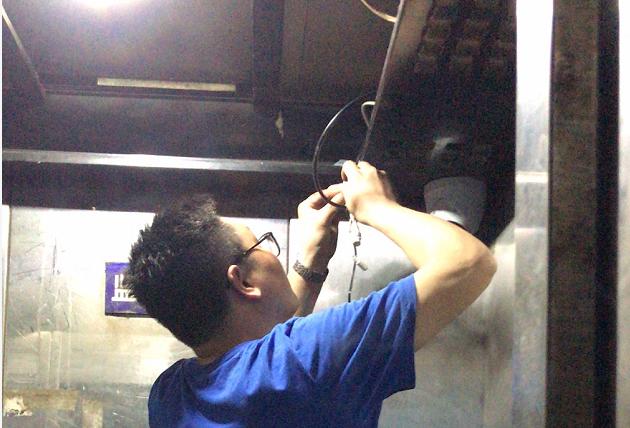 电梯电瓶车检测摄像机安装