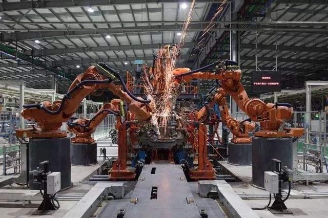 人工智能工厂运用