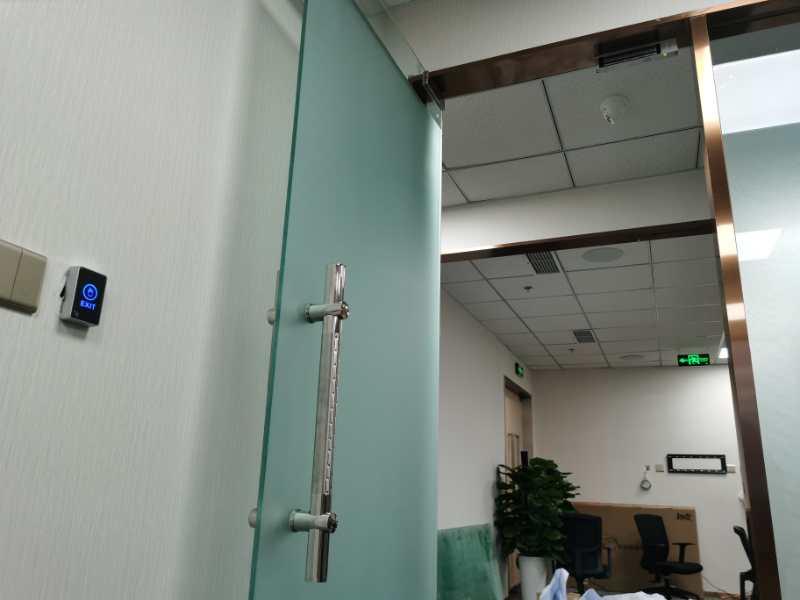 门禁设备安装