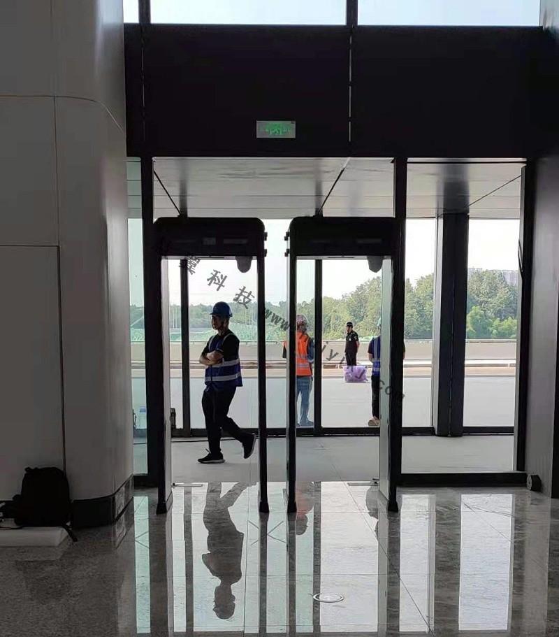 测温安检门安装