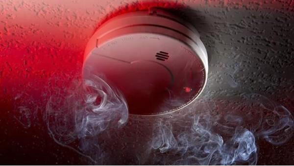 烟雾探测器安装