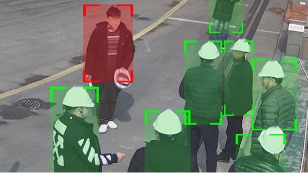 安全帽识别应用效果